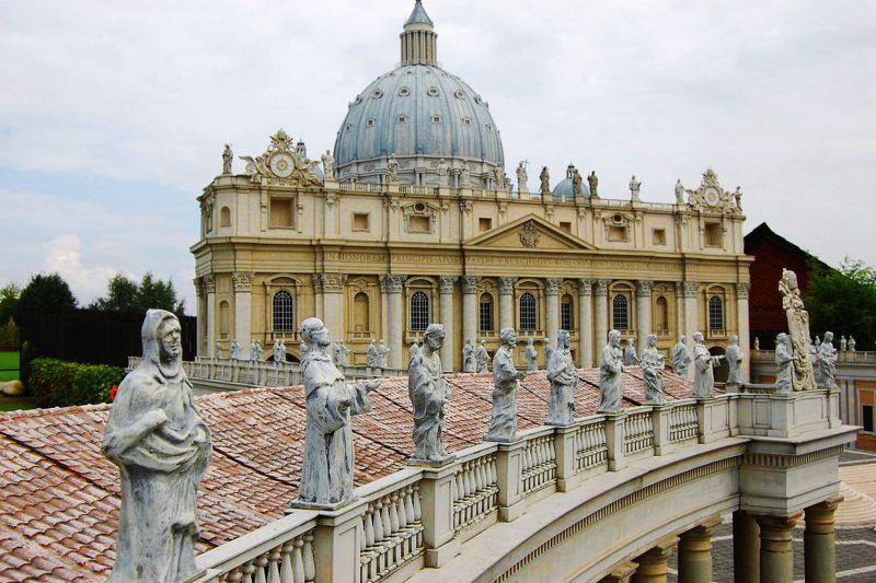 Italia Vaticano columnata Bernini