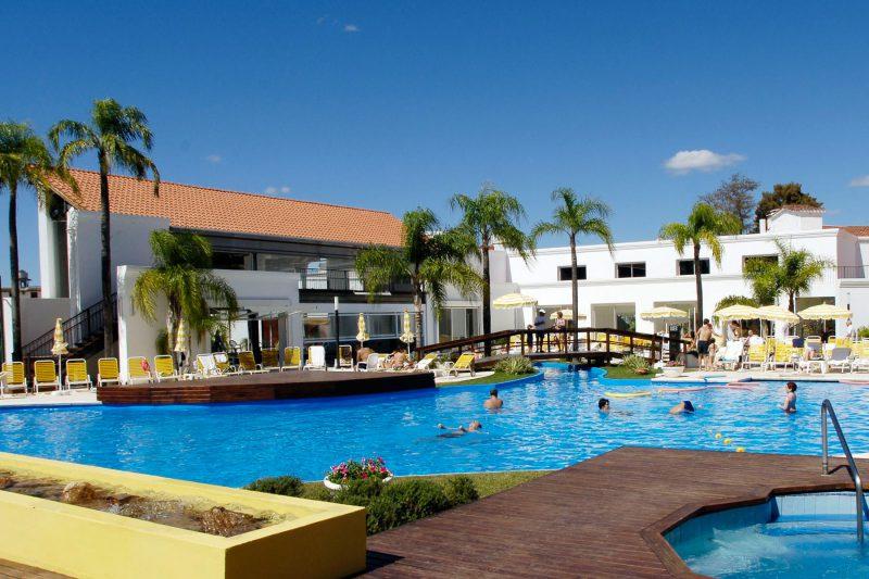 Termas de Río Hondo piscinas